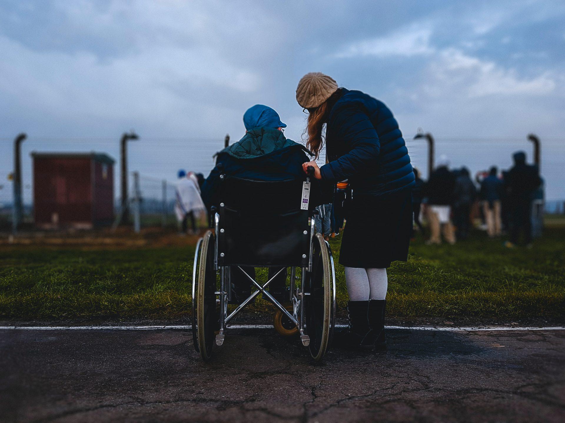 24-Stunden-Betreuung: Wer sind die Frauen, die unsere Eltern pflegen?
