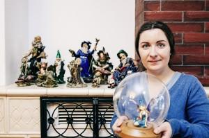 """Die Elfensammlung ist Tanjas Spleen: """"Wie die Fee unter der Glaskuppel würde ich gerne leben. Nah dran am Geschehen, aber mit genügend Abstand zu den Menschen."""""""