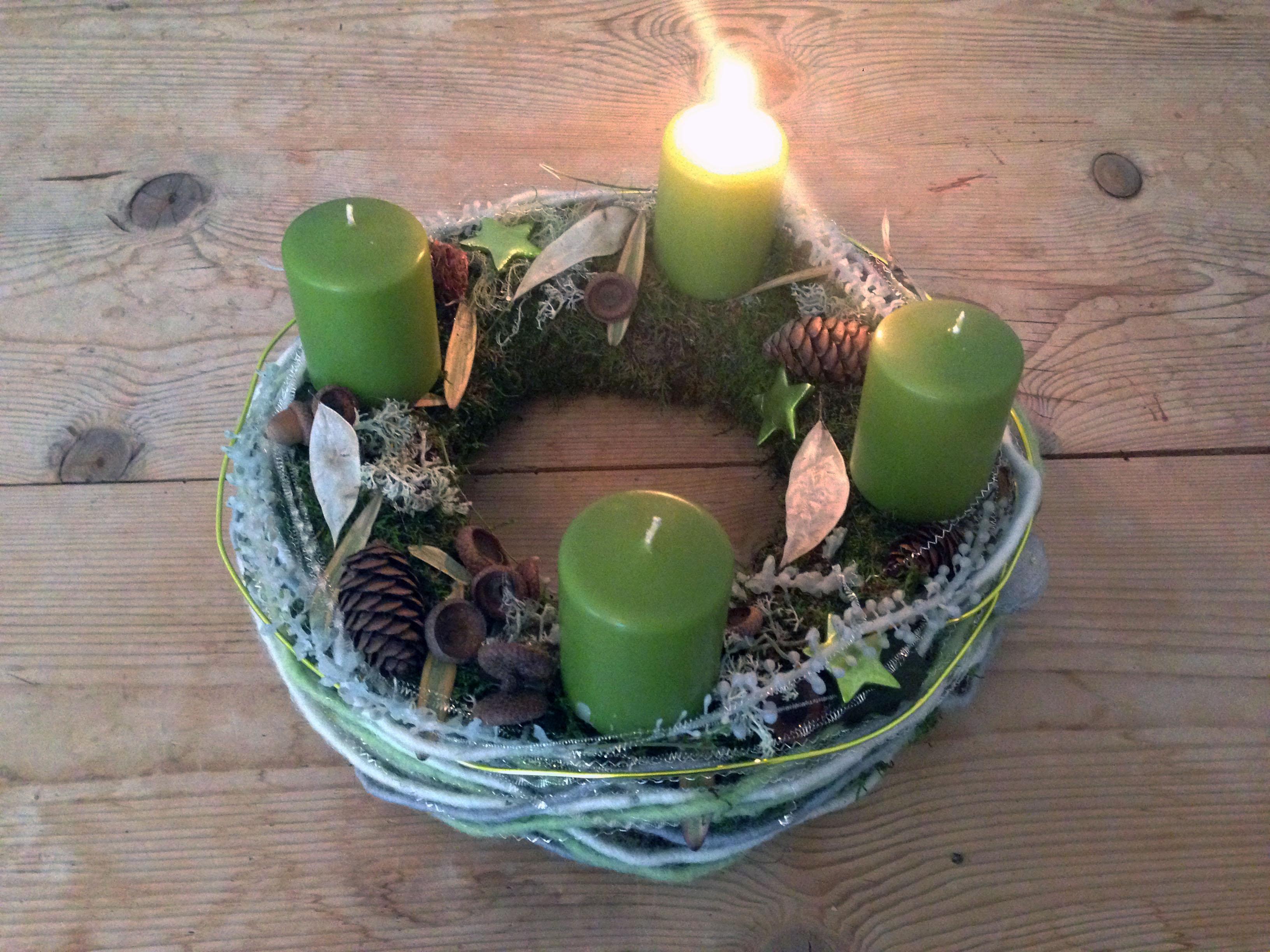 """""""Advent, Advent, ein Lichtlein brennt"""""""