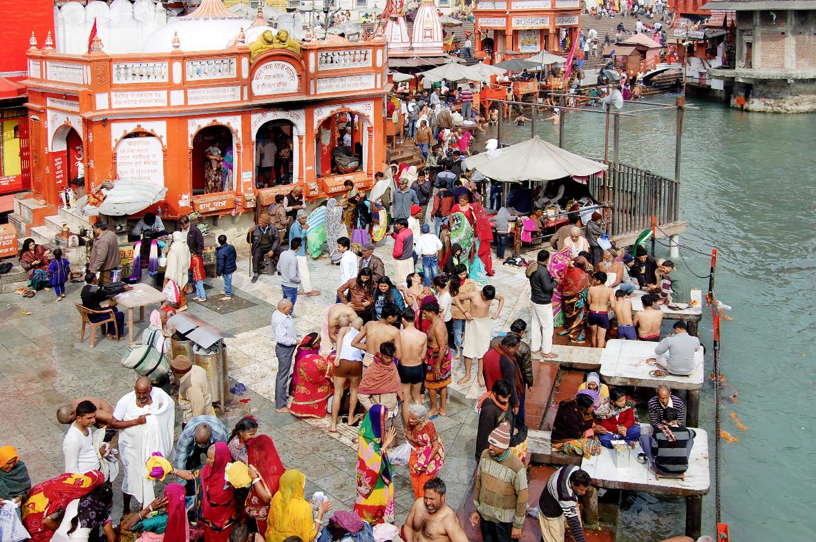 Rituale am heiligen Ganges
