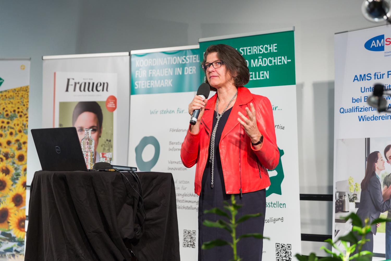 Interkulturelles Frauencaf als Ort des Respekts nominiert