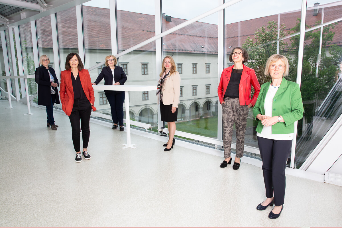 """""""Gerne Frau sein""""-Talks 2021 – Fragen & Antworten"""