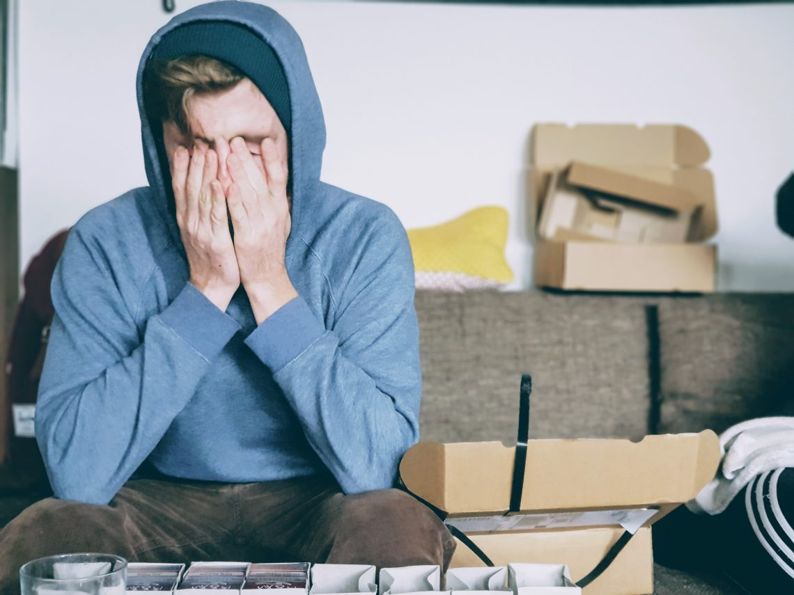 depressiver und trauriger Teenager