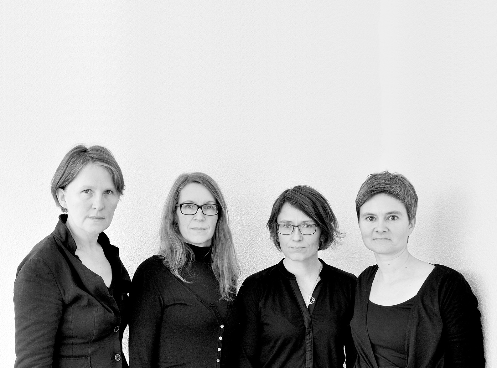 Vier Frauen decken auf